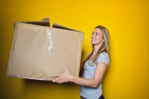 5 Tips for Booking Move-In/Out House Cleaning Services