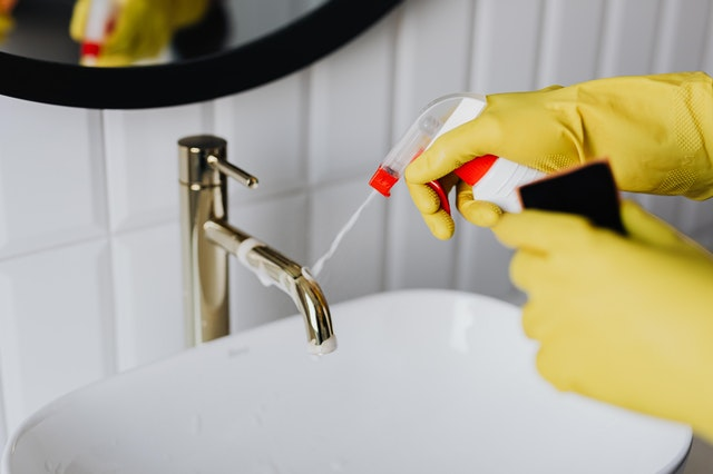 Benefits Of Hiring Professional Cleaners In Chicago Loop deep clean