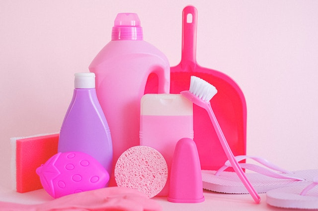 Cost-Effective Ways To Keep Your Office Clean buy cleaning supplies