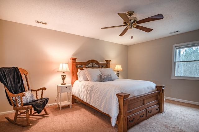 Which areas to look out for during your Move Out Cleaning ceilings and crown moldings