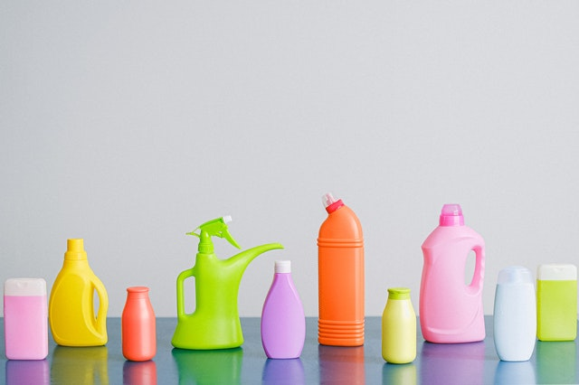 Cleaning Tips for Busy People have easy access to cleaning supplies