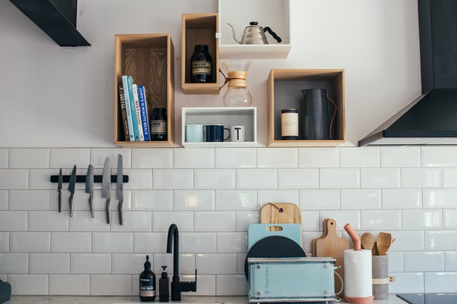 Effective Cleaning Tips for a great Airbnb Apartment visit the kitchen