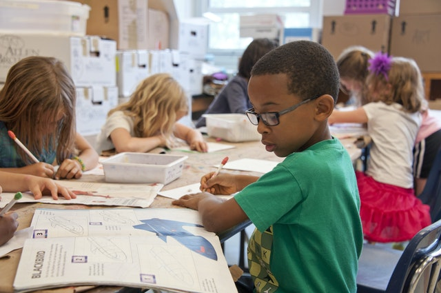 Tips for Having a Stress-Free Move during Fall prepare for school changes