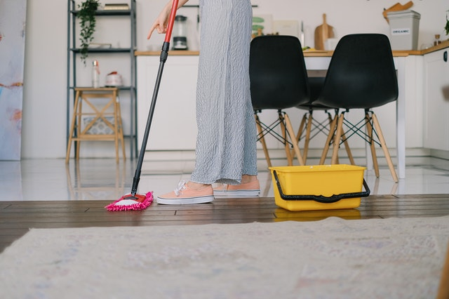 Tips for Having a Stress-Free Move during Fall protect your rugs and floors
